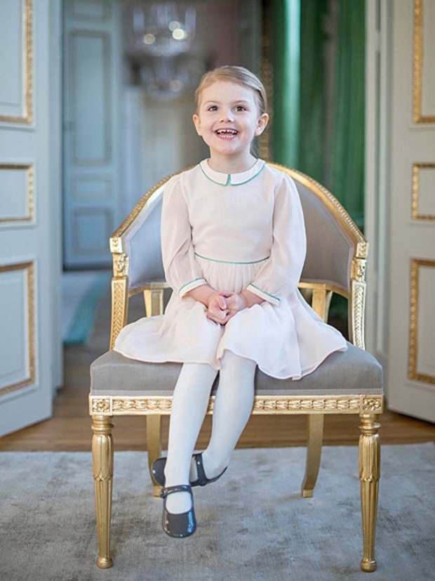 princess estelle a032bc9f 8e2b 41ad 9755 32e0fb8c4b01
