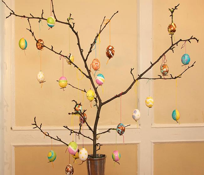 egg tree square1