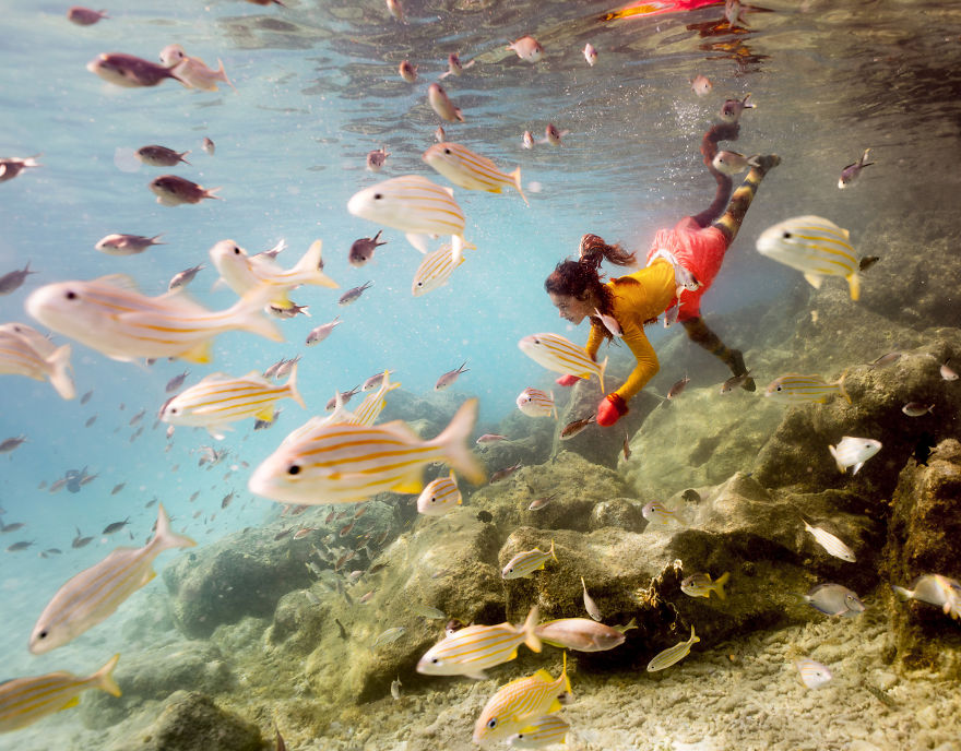 i travelled to bonaire island and photographed local children underwater 8 880