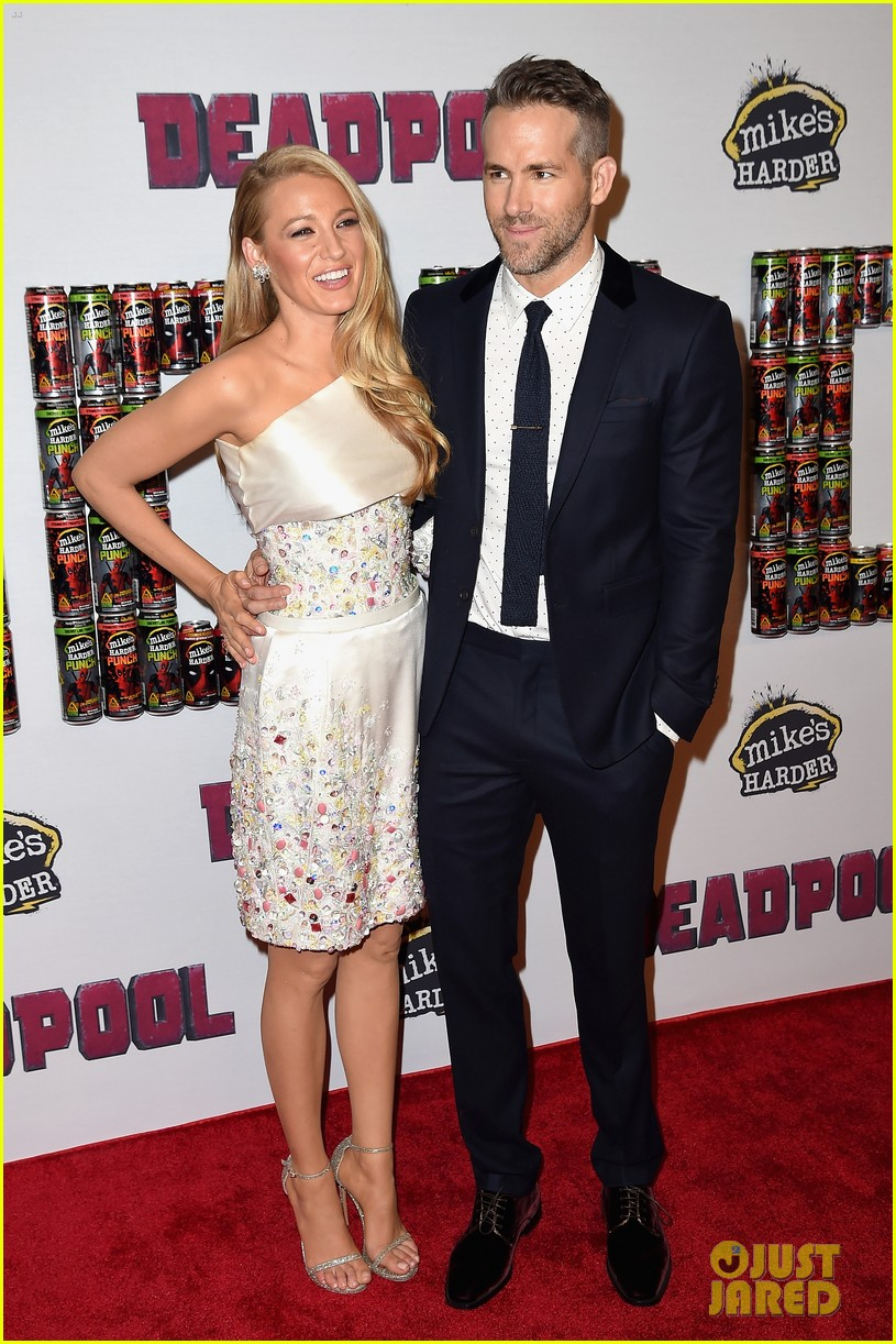 blake lively ryan reynolds welcome second child 07